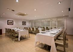 Ayre Hotel Ramiro I - Ов'єдо - Ресторан