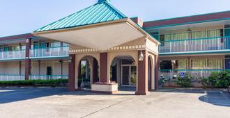 Motel 6 Groton, CT - Groton - Rakennus
