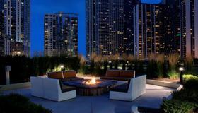 Radisson Blu Aqua Hotel, Chicago, IL - Chicago - Patio