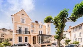 Hotel Anjou - Biarritz - Bygning