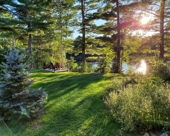 Spring Lake Resort - Dwight - Außenansicht