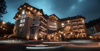 Azalea Hotels & Residences Baguio - Baguio - Building