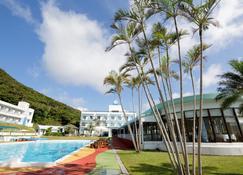 Hotel Caretta Amami - Tatsugo - Pool