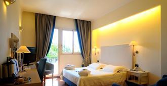 Best Western Globus Hotel - Rome - Bedroom