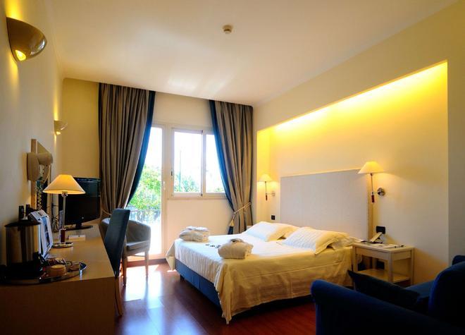 貝斯特韋斯特格羅布斯酒店 - 羅馬 - 羅馬 - 臥室