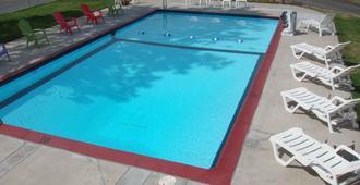 Cascade Lodge - Bend - Pool
