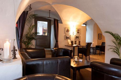 Wyndham Garden Quedlinburg Stadtschloss - Quedlinburg - Bar