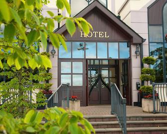Four Seasons Hotel & Leisure Club - Monaghan - Budova