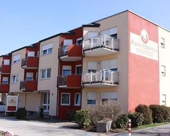 Apartments Seligenstadt - Seligenstadt - Building