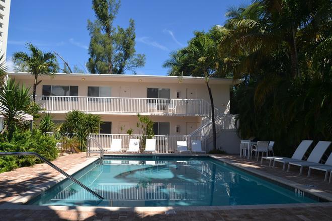 Cocobelle Resort - Fort Lauderdale - Pool