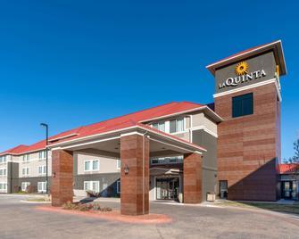 La Quinta Inn & Suites by Wyndham Rifle - Rifle - Gebäude