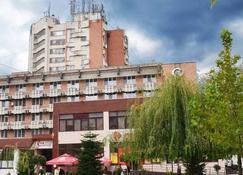 Hotel Gorj - Targu Jiu - Edifício