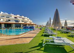 Sbh Crystal Beach Hotel & Suites - Adults Only - Costa Calma - Zwembad