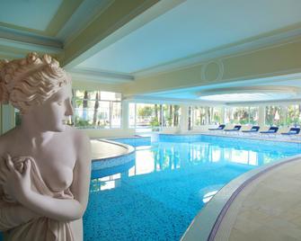 Grand Hotel Trieste & Victoria - Abano Terme - Pool