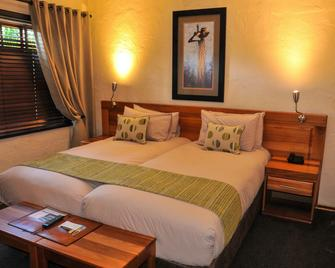 Tzaneen Country Lodge - Tzaneen - Bedroom
