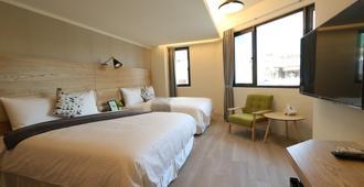 Flora Inn - Tainan City - Bedroom