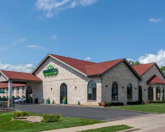Wingate by Wyndham Wisconsin Dells - Wisconsin Dells - Gebäude