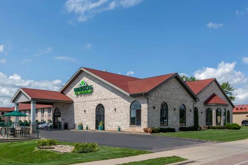 Wingate by Wyndham Wisconsin Dells - Wisconsin Dells - Toà nhà