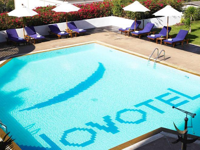 Novotel Bangkok Bangna - Bangkok - Pool