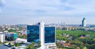 Novotel Bangkok Bangna - Bangkok - Vista esterna