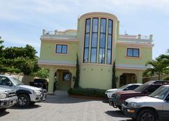 Tabarre's Palace - Port Au Prince - Building