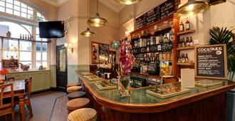 Publove @ The Exmouth Arms, Euston - London - Bar