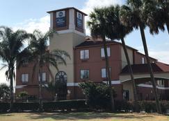 Best Western Orange Inn & Suites - Orange - Building