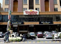 Royalton Hotel Rawalpindi - Rawalpindi - Building