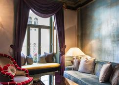 Grand Palace Hotel - The Leading Hotels of the World - Riga - Living room