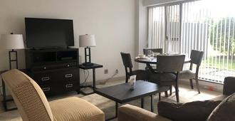 Boston Exclusive Corporate 30 Day Stays Two Bedroom - Cambridge - Phòng khách
