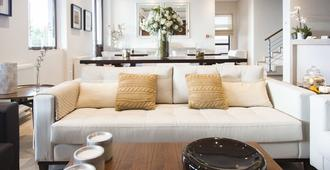 Ayia Marina Suites - Ouranoupoli - Living room