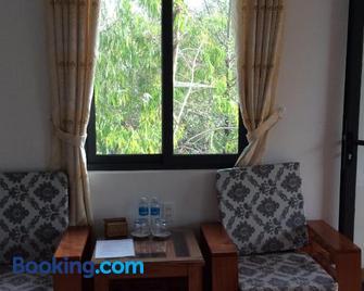 Quoc Phuong Riverside Homestay - Ben Tre - Huiskamer