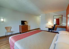 Motel 6 Irvine Orange County Airport - Santa Ana - Makuuhuone