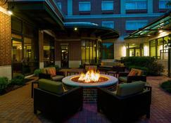 Courtyard by Marriott Little Rock Downtown - Little Rock - Patio