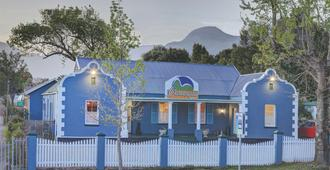 Outeniqua Travel Lodge - George