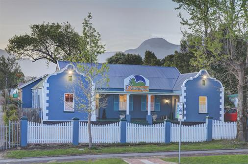 Outeniqua Travel Lodge - George - Bangunan