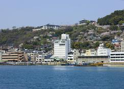 Onomichi Royal Hotel - Onomichi - Vista esterna