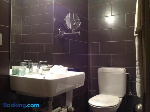 Hotel Castel - Ghent - Bathroom
