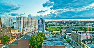 Hyatt Place Flushing/Laguardia Airport - Queens - Outdoors view