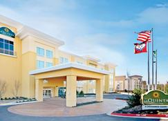 La Quinta Inn & Suites by Wyndham Little Rock - West - Little Rock - Bangunan