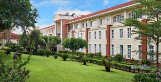 Protea Hotel by Marriott Blantyre Ryalls - Blantyre
