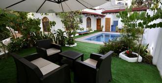 The Galapagos Pearl B&B - Puerto Ayora - Pool