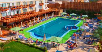 Falcon Naama Star Hotel - Charm el-Cheikh - Piscine
