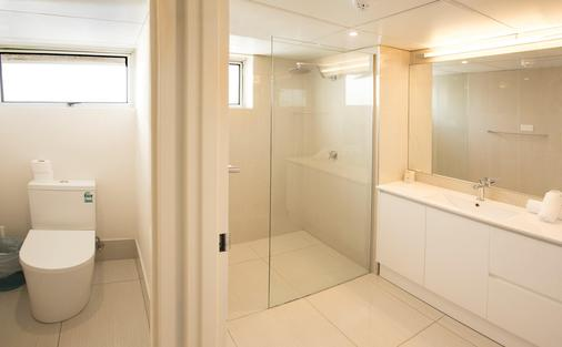 View Pacific Holiday Apartments - Surfers Paradise - Phòng tắm