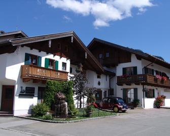 Hotel Ferienhaus Fux - Oberammergau - Building