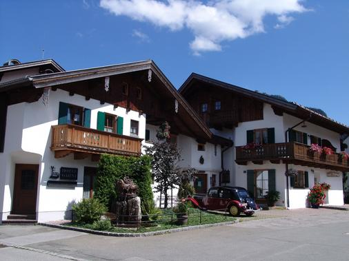 Ferienhaus Fux Hotel Garni - Oberammergau - Building