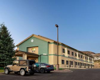 Travelodge by Wyndham Green River - Green River - Building