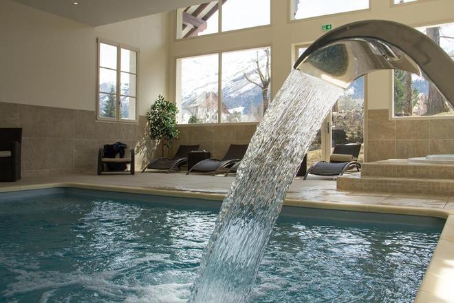 Best Western Grand Hotel De Paris - Villard-de-Lans - Pool