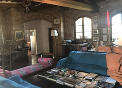 Castello Delle Quattro Torra - Siena - Living room