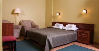 Mini-Hotel on Elektrotechnichnaya Street 18 - קייב - חדר שינה